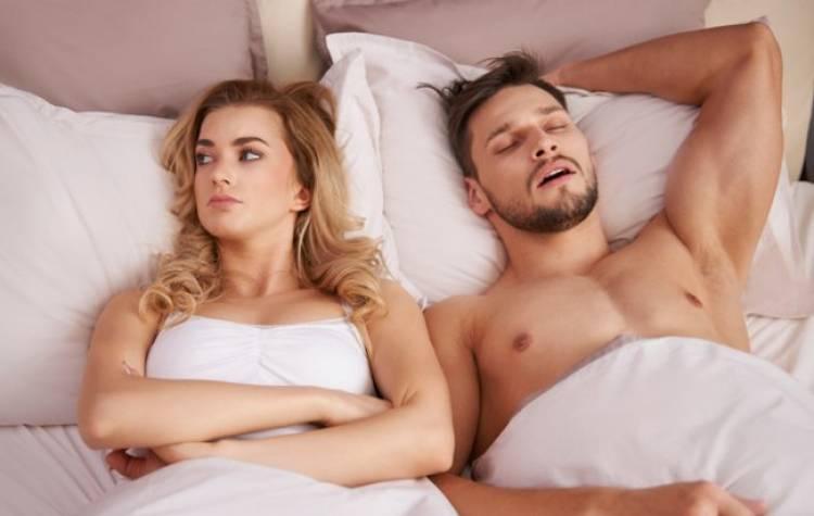 hommes-sommeil-apres sexe-femme-sante-intime-couple-lit-2